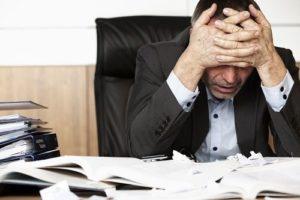combatir el estrés laboral_ dolorcabeza