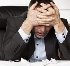 estres laboral _dolor de cabeza