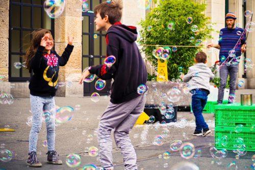 Liberando el estrés jugando, afectividad, creatividad